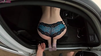 Young hitchhiker girl fucks a stranger for a free ride!