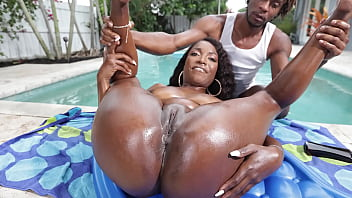 Hot black milf gets oiled up - ebony porn