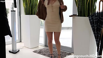 Big Ass Model Wants To Shake Her Ass In A Rap Video