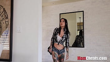 Mom Gets Out Of Jail And The First She Does Is Blows Me!