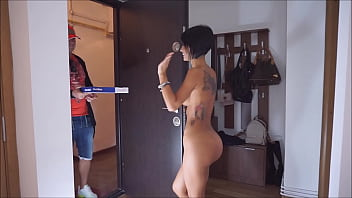 Anisyia opening the door naked to pizza boy