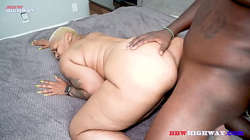 BIG BOOB GRANNY AND BLACK COCK 3 min