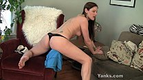Sexy MILF Samantha Rubbing Her Pussy 6 min