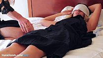 """UNPAID girl flew NY→Vegas for THIS?? SQUIRTING yoni massage! It's real, unedited & wet! Jokes her New York boyfriend is """"boring"""" haha.. 100% first-time AMATEUR fingered rough!"""