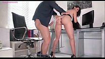 Andreina De Luxe is Anal Fucking During Offioce Hours
