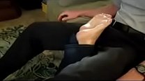 hot mom footjob**what is her name plz**