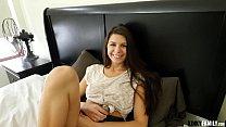 Kinky Family - Comforting my stepsis xvideos Olivia Lua teen porn