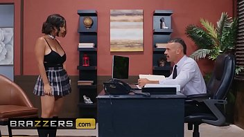 Big Tits at School - (LaSirena69, Charles Dera) - An Exotic And Erotic Student - Brazzers