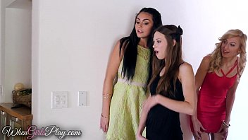 Twistys - (Georgia Jones) (Mia Malkova) - When Girls Play